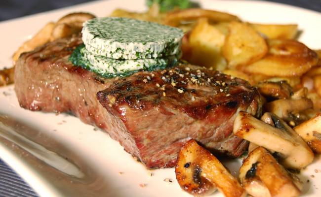 Angus Steaks | Restaurant Mediterran  im Weinegg